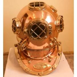 Replika potápěčské helmy MARK V
